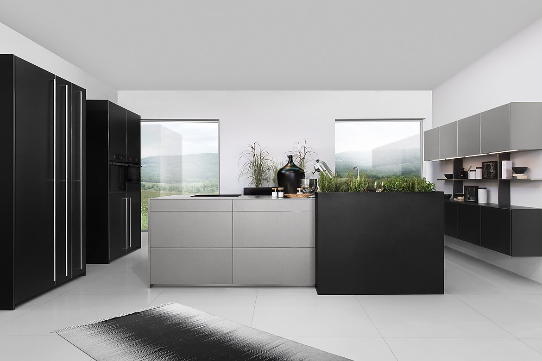Designerkuche In Schwarz Grau