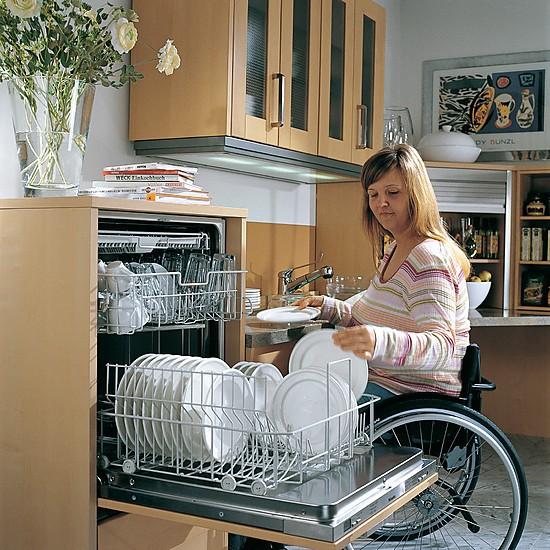 barrierefreie k chenplanung so werden zug ngliche k chen. Black Bedroom Furniture Sets. Home Design Ideas