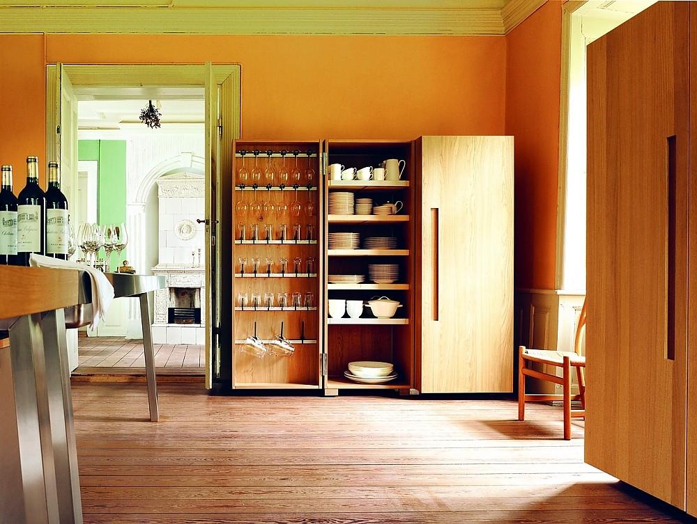 Grifflose Design-Küchenzeile b1 in Weiß