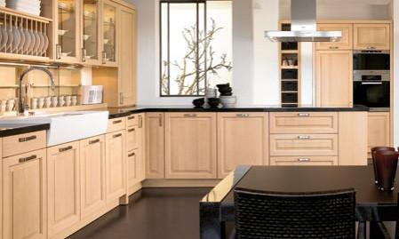 Landhausküche modern: So wird die Landhausküche gemütlich und zeitgemäß.