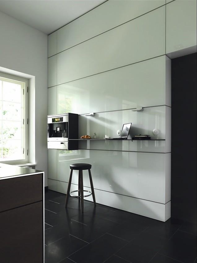 multifunktionswand der designk che b3 in hochglanz wei. Black Bedroom Furniture Sets. Home Design Ideas