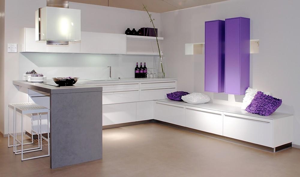 u k che wei. Black Bedroom Furniture Sets. Home Design Ideas
