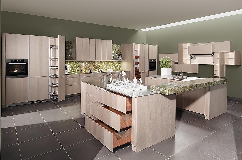 Offene Küche im klassisch-modernen Stil