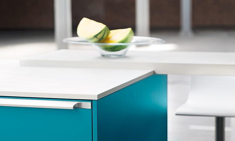 arbeitsplatten gestaltungsm glichkeiten f r die k che. Black Bedroom Furniture Sets. Home Design Ideas