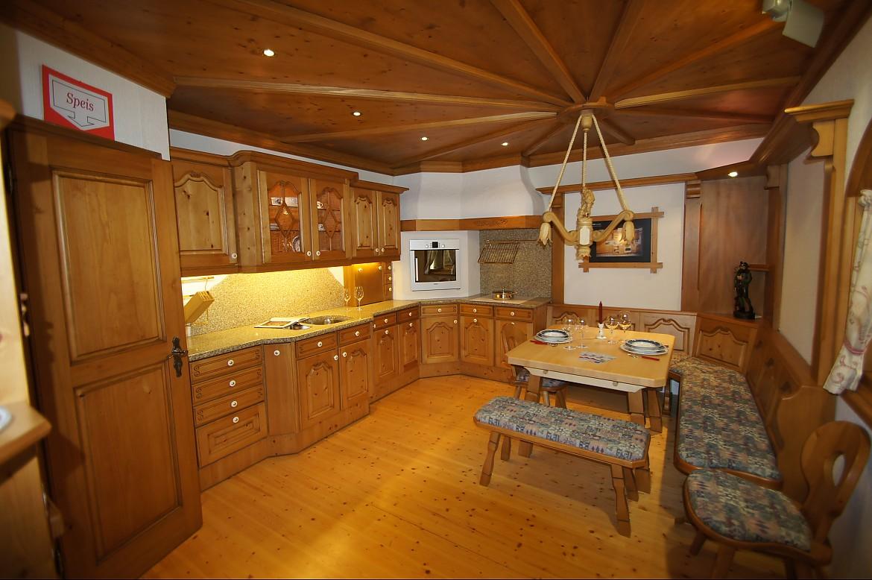 Holzküchen erle  Naturholz Lanhausküche in Erle Massiv