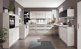 Küche mit kochinsel und sitzgelegenheit  Küche mit Kochinsel und Sitzgelegenheit