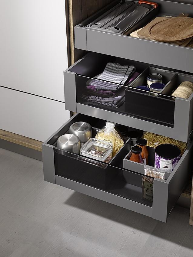 auszuge kuche. Black Bedroom Furniture Sets. Home Design Ideas