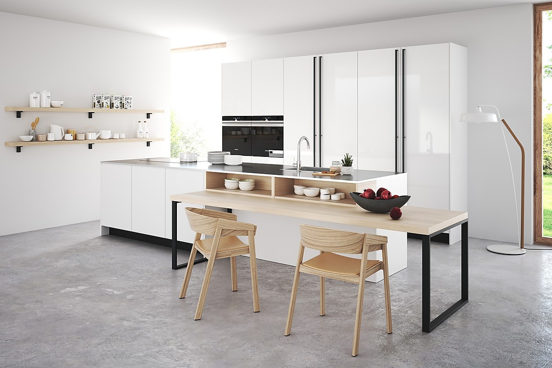 Moderne Kücheninsel in Lackweiß