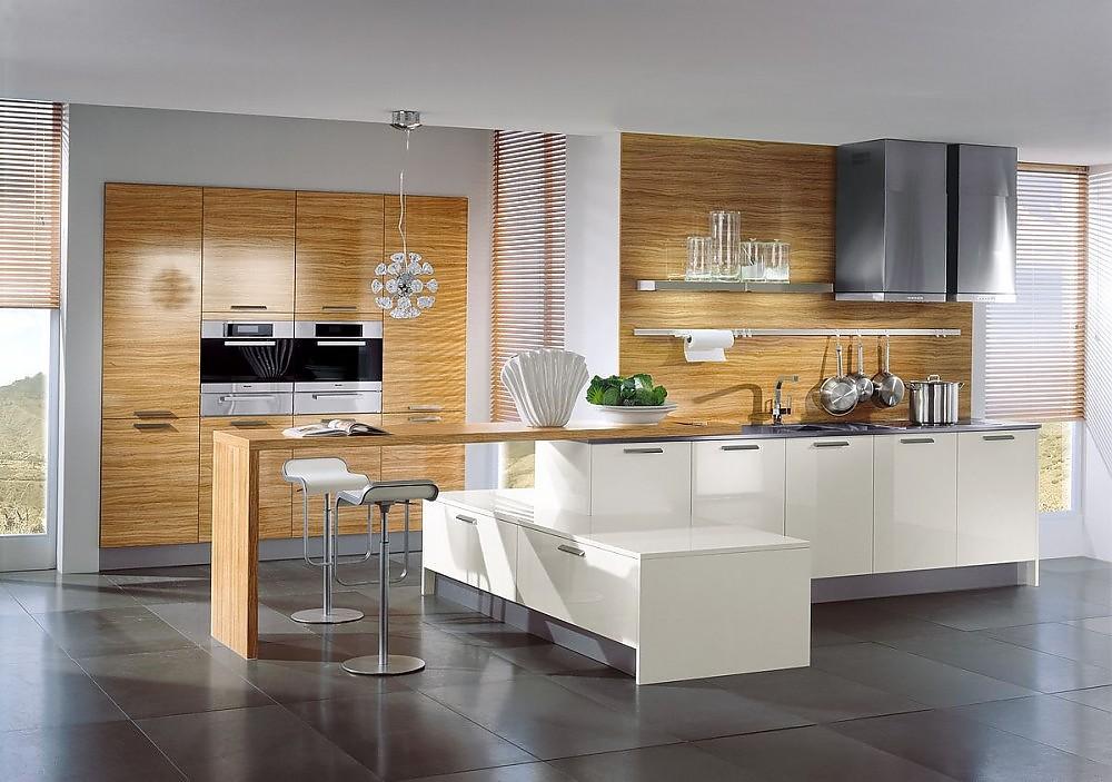Küchen mit esstheke  Küchenzeile, Esstheke und Hochschränke in Hochglanz Weinrot und ...