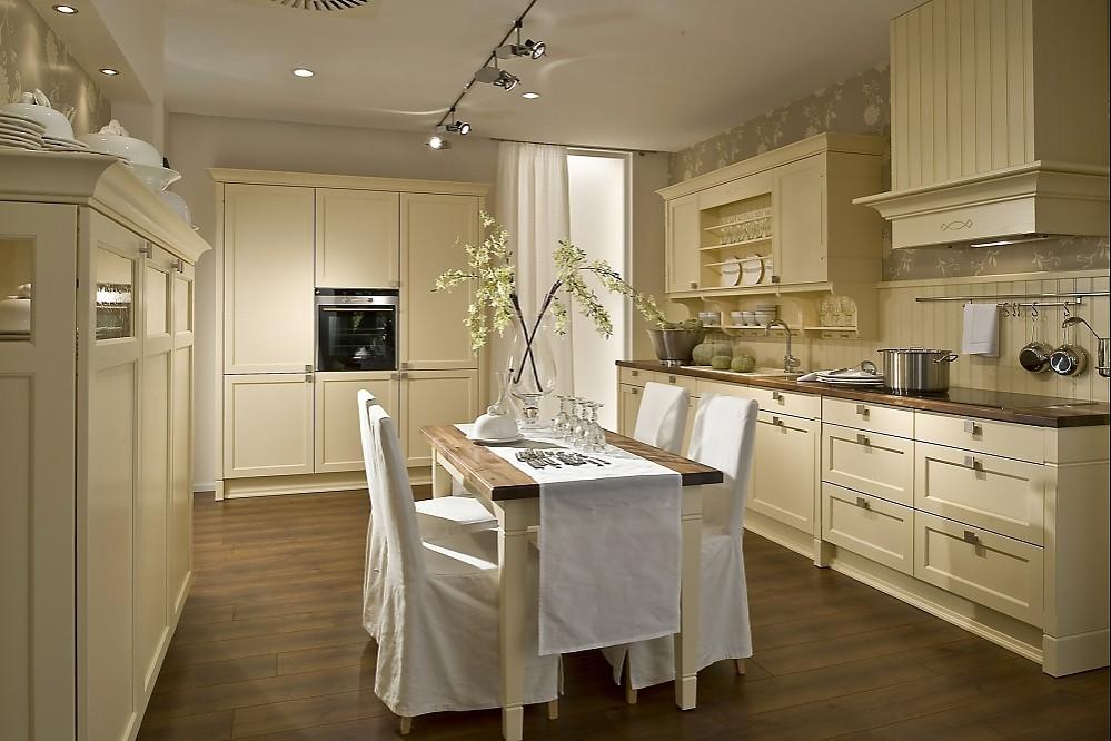 Klassische küche weiß  U-Küche weiß