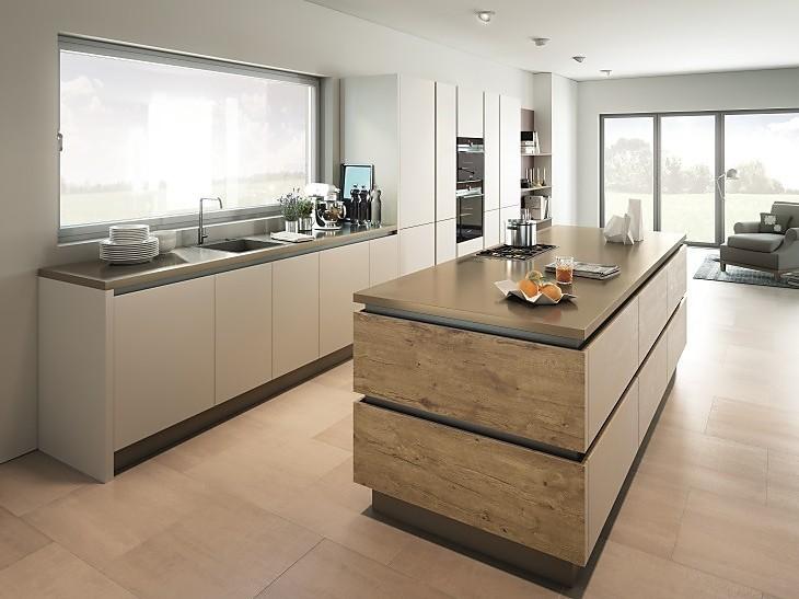 Als greenline in bioboard qualität gibt es unter anderem küchen im attraktiven eiche