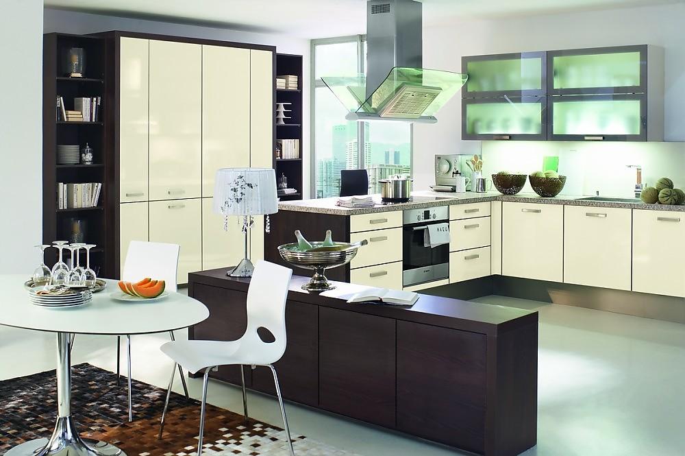 k che mit arbeitsblock. Black Bedroom Furniture Sets. Home Design Ideas