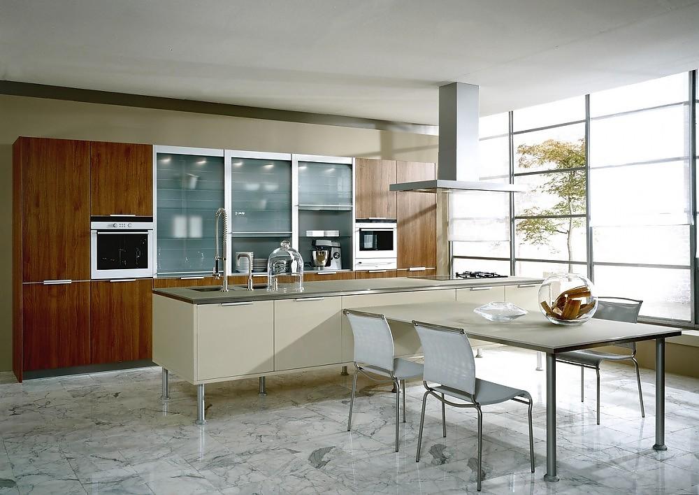 Inselküche und hochschränke aus glas schwarz lackiert und weiß ...