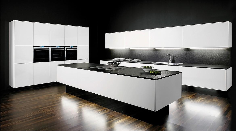 Arbeitsplatte Küche Schwarz Hochglanz