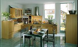 Küchen l form holz  Naturholz Küche in L-Form aus hellem Holz