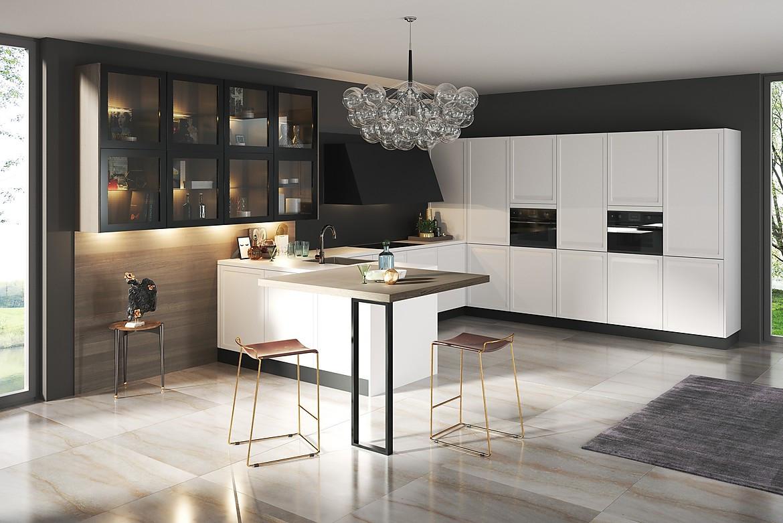 moderne landhausk che in wei. Black Bedroom Furniture Sets. Home Design Ideas