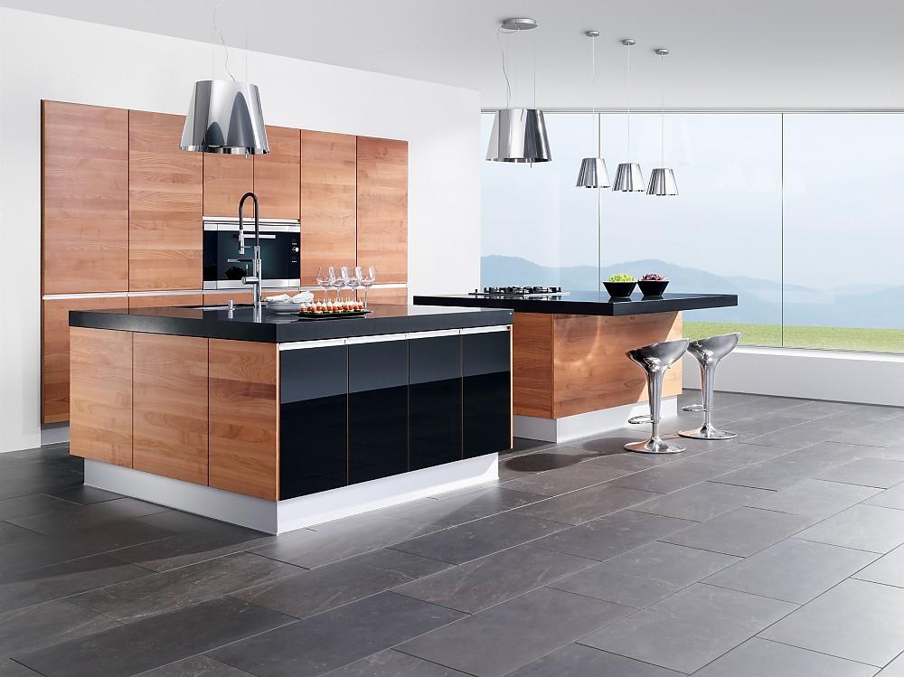 k che linee in kernbuche und hochglanz schwarz mit 2 inseln. Black Bedroom Furniture Sets. Home Design Ideas