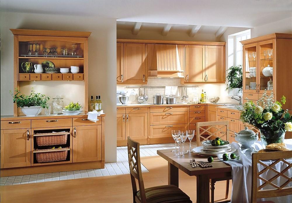 Kranzleiste Küche | Dezente Landhauskuche In L Form Mit Kassettenfronten Kranzleisten