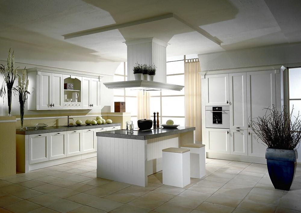 Inselkuche oxford im landhausstil in esche weiss lackiert for Küchen im landhausstil