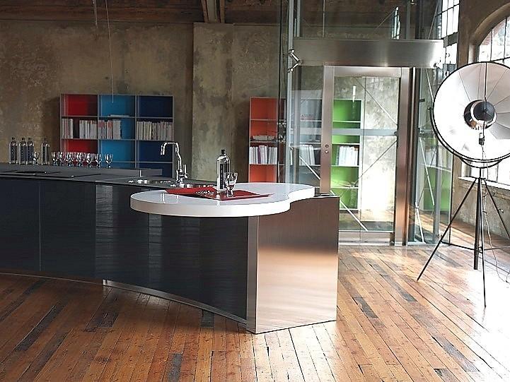 Designküche Alessi Volo In Schwarz Und Edelstahl Design Edelstahl Kuchen