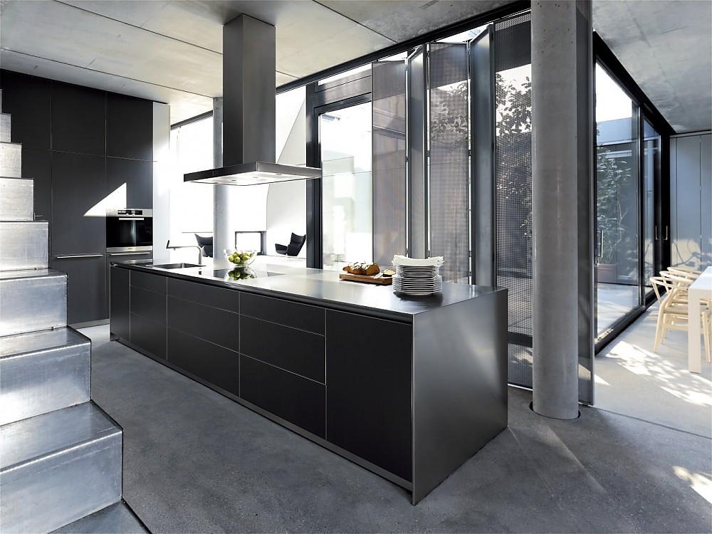deisign inselk che b3 in edelstahl und schwarz. Black Bedroom Furniture Sets. Home Design Ideas