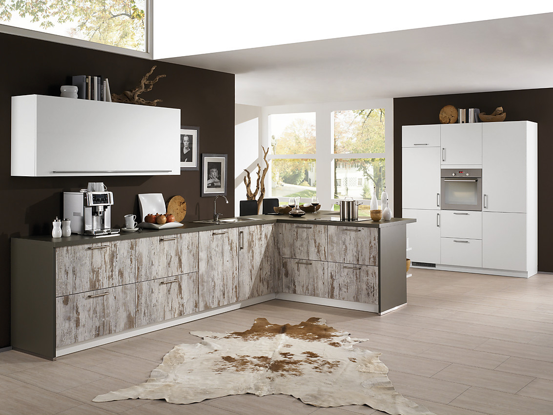 L Form Küche Mit Holzfronten Im Used Look