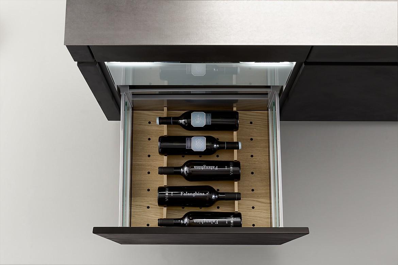 q box schubkasten innenausstattung zur weinlagerung. Black Bedroom Furniture Sets. Home Design Ideas
