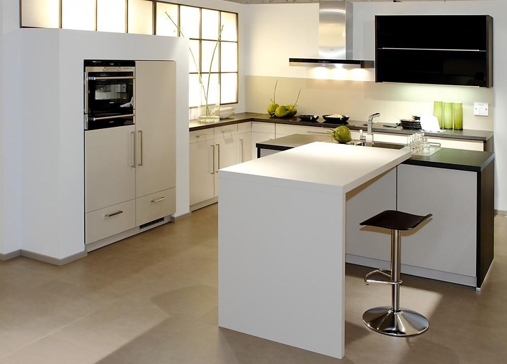 l k che wei. Black Bedroom Furniture Sets. Home Design Ideas