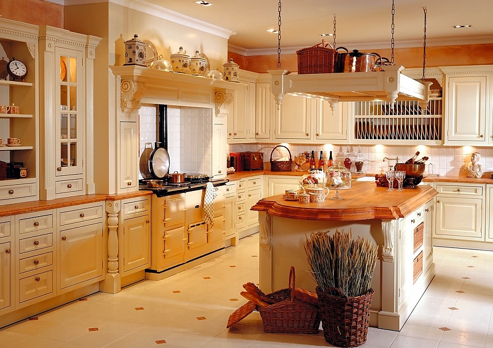 Landhausküchen mit kochinsel  Klassische offene Küchenzeile Torino aus Erle massiv