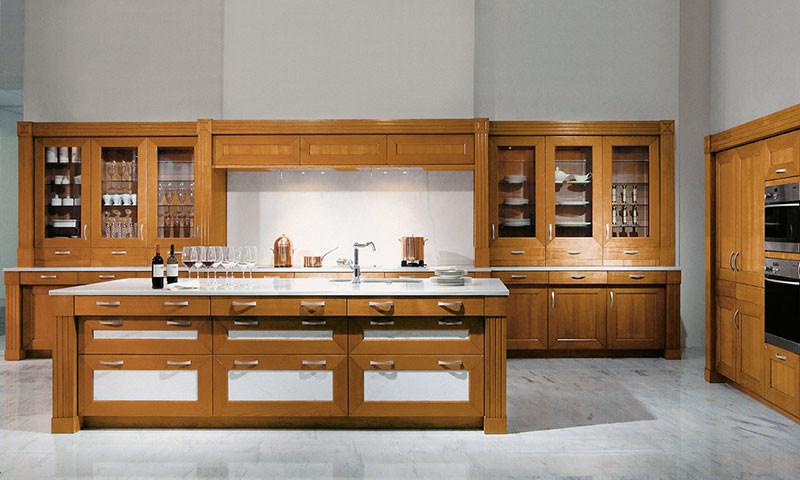 Holzarten für die Holzküche - Die Holzküche bei KüchenAtlas