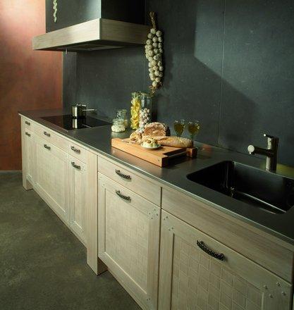 alles ber massivholzk chen die holzk che bei k chenatlas. Black Bedroom Furniture Sets. Home Design Ideas